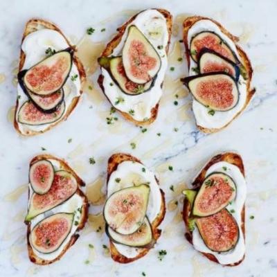 Figs on toast