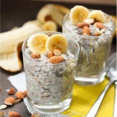 Date & Banana Chia Seed Pudding